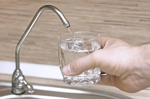 вода без железа